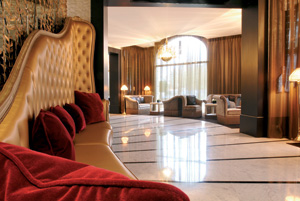 Hotel Fouquet's Barriere Lobby